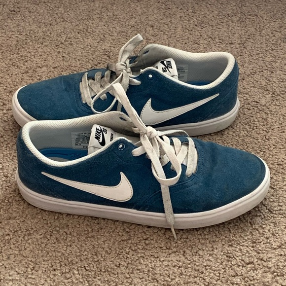 Nike SBs Skating Shoes Mens Size 9